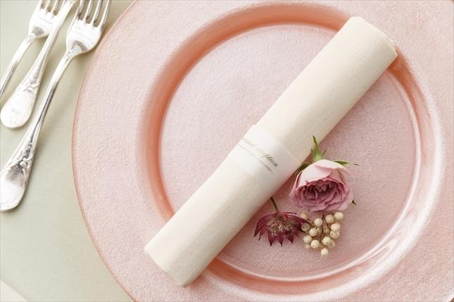 質感・カラー・折りにこだわったテーブルナプキン(トーション)